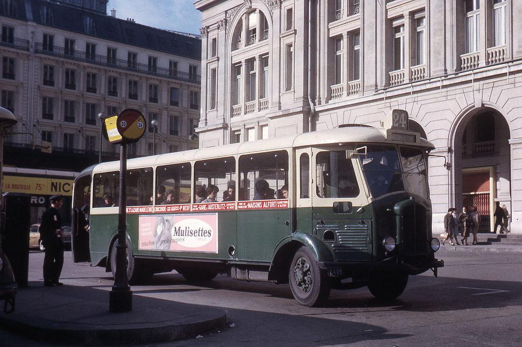 TN4HBla en service à Paris en 1964