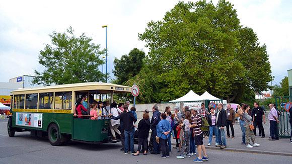 Navette en autobus historique – Renault TN